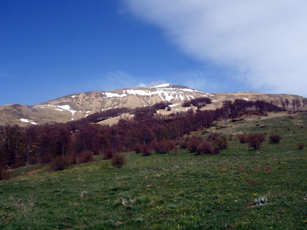 A snow-dusted Pizzo di Sevo from Macchie Piane