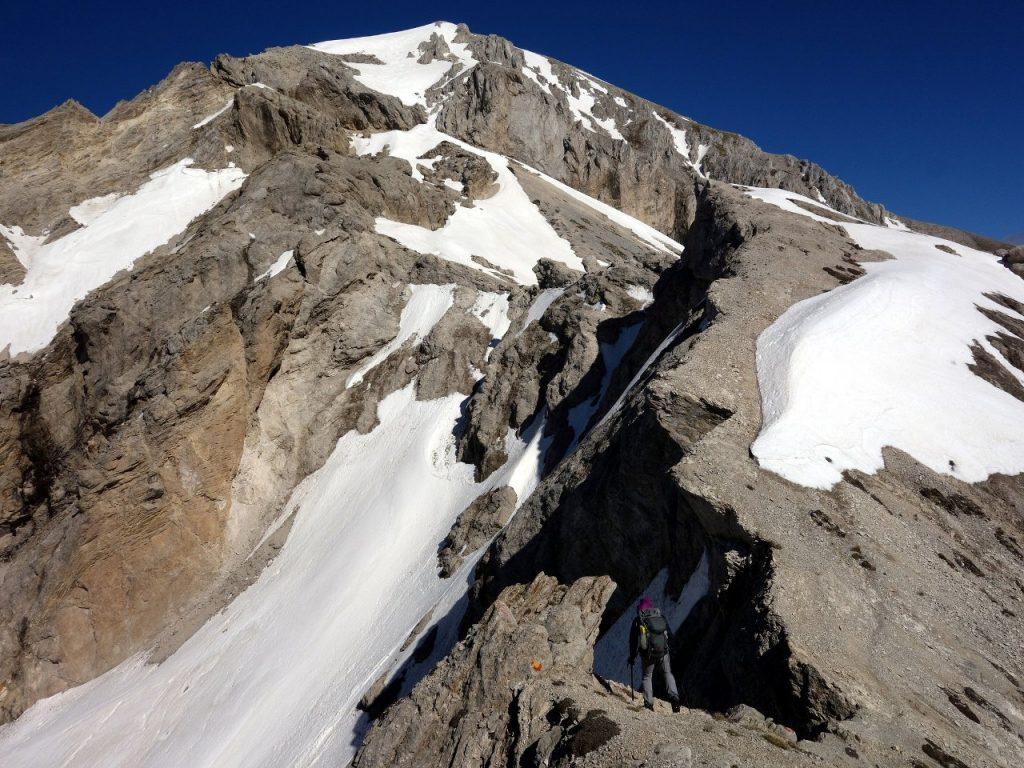 Scrambling along the ridge to Monte Camicia