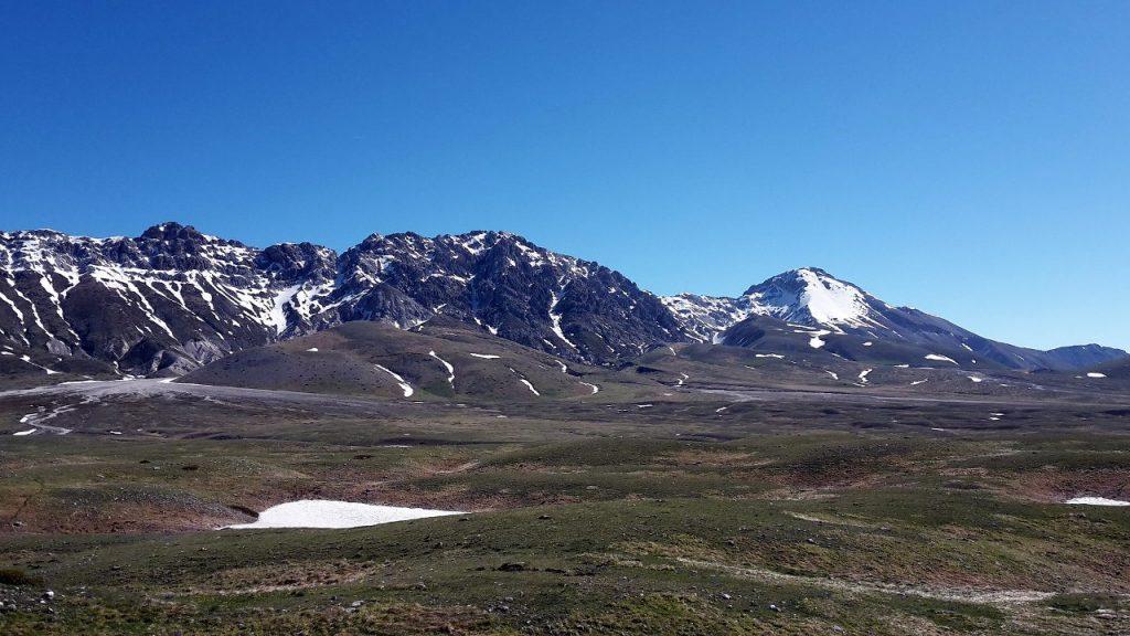 Monte Prena (2561m) and Monte Camicia (2564m) seen from the road across Campo Imperatore