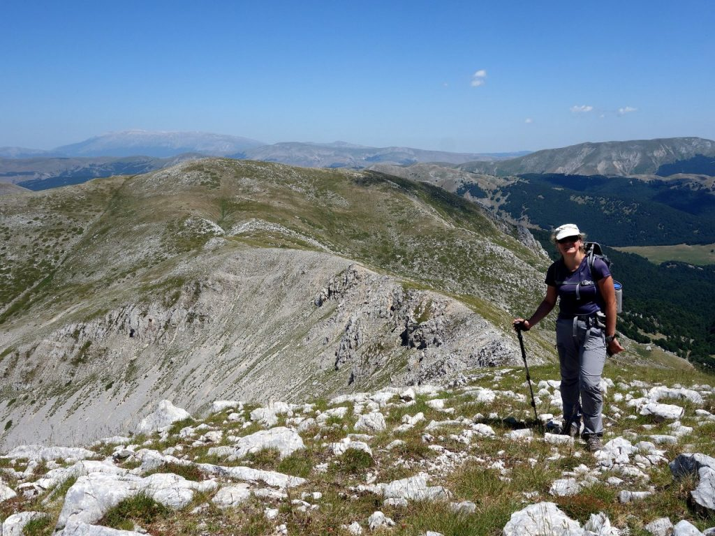 Edita on the connecting ridge with Monte della Corte behind