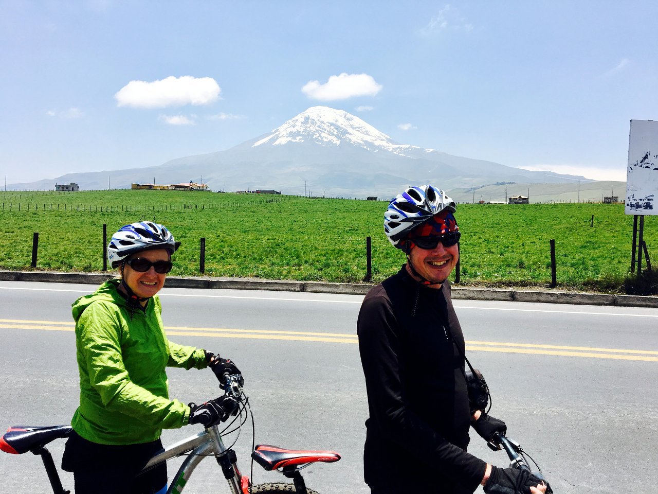 Chimborazo from the east side. We are happy to leave the Pan-American Highway (Photo: Edita Nichols).