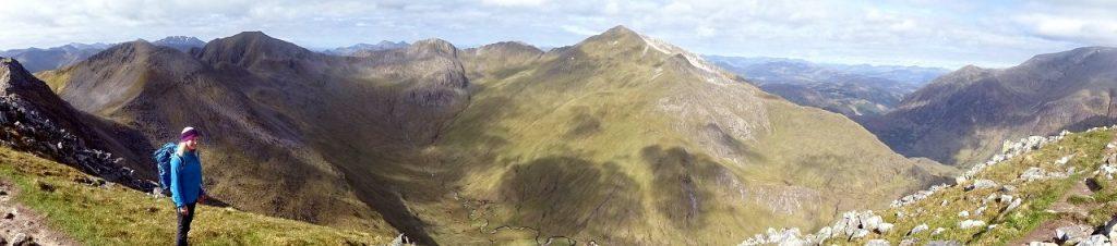 On the summit of An Gearanach, gazing across the corrie to Stob Coire a Chairn (981m), Am Bodach (1032m), Sgurr an Iubhair (1001m), Stob Choire a Mhail (990m) and Sgurr a Mhaim (1099m)
