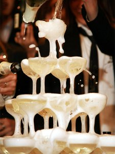 At most weddings these days blithe cretins drink champagne like water (Photo: Kenichi Nobusue)