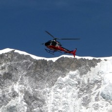 A last desperate bid for Everest glory … by helicopter