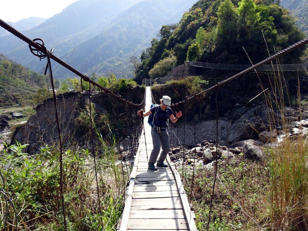 Everybody loves those footbridges