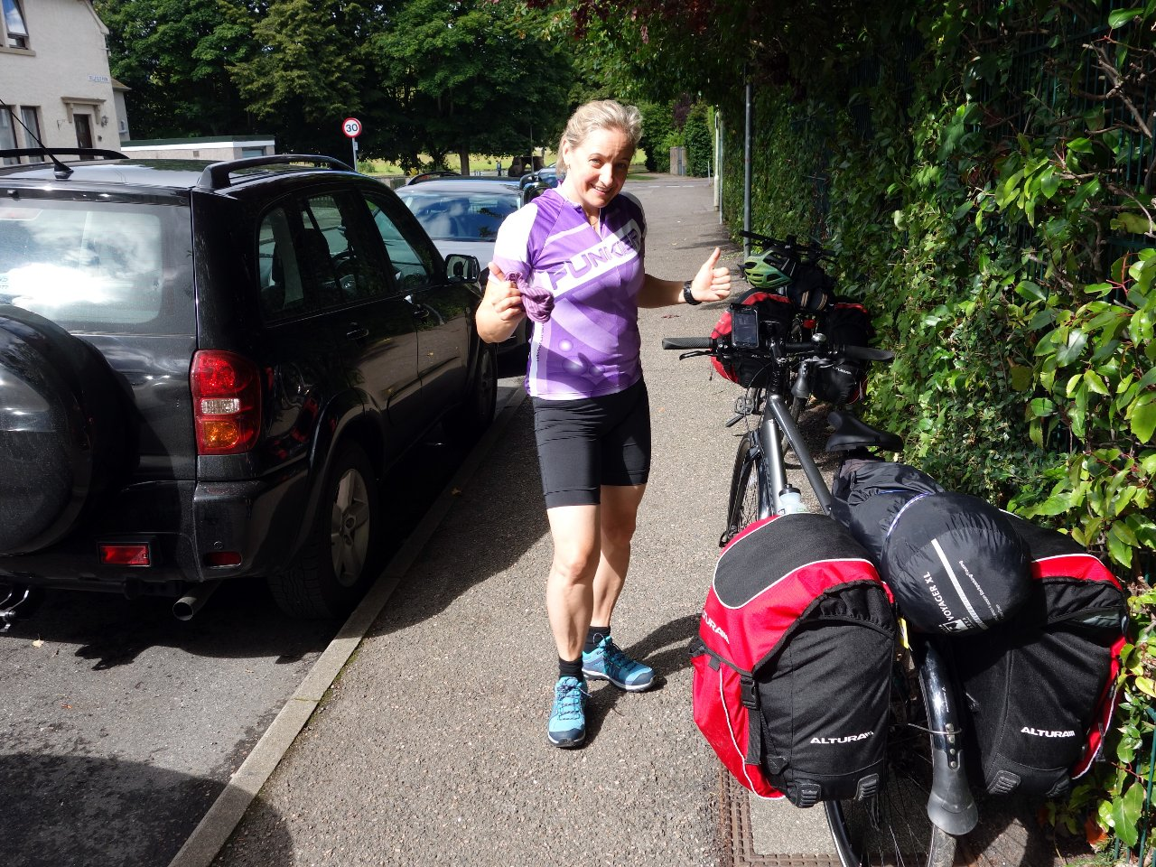 We hired a couple of hybrid bikes from Ticket to Ride in Inverness. As you can see, Edita was happy that we managed to get all our gear into the saddlebags with just a tent over the top.