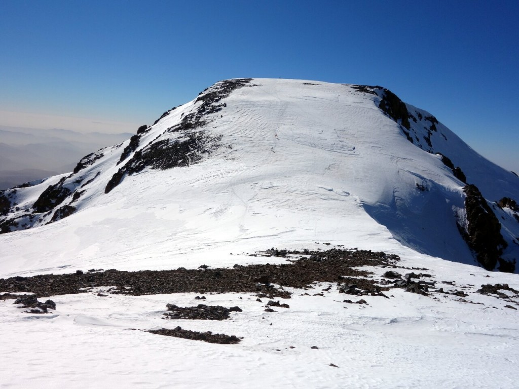 Timesguida n'Ouanoukrim (4089m) from the col