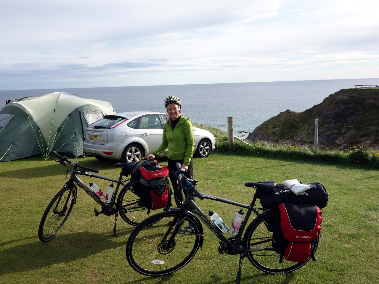 We decided to camp, as this would give us the flexibility to stop in the next campsite