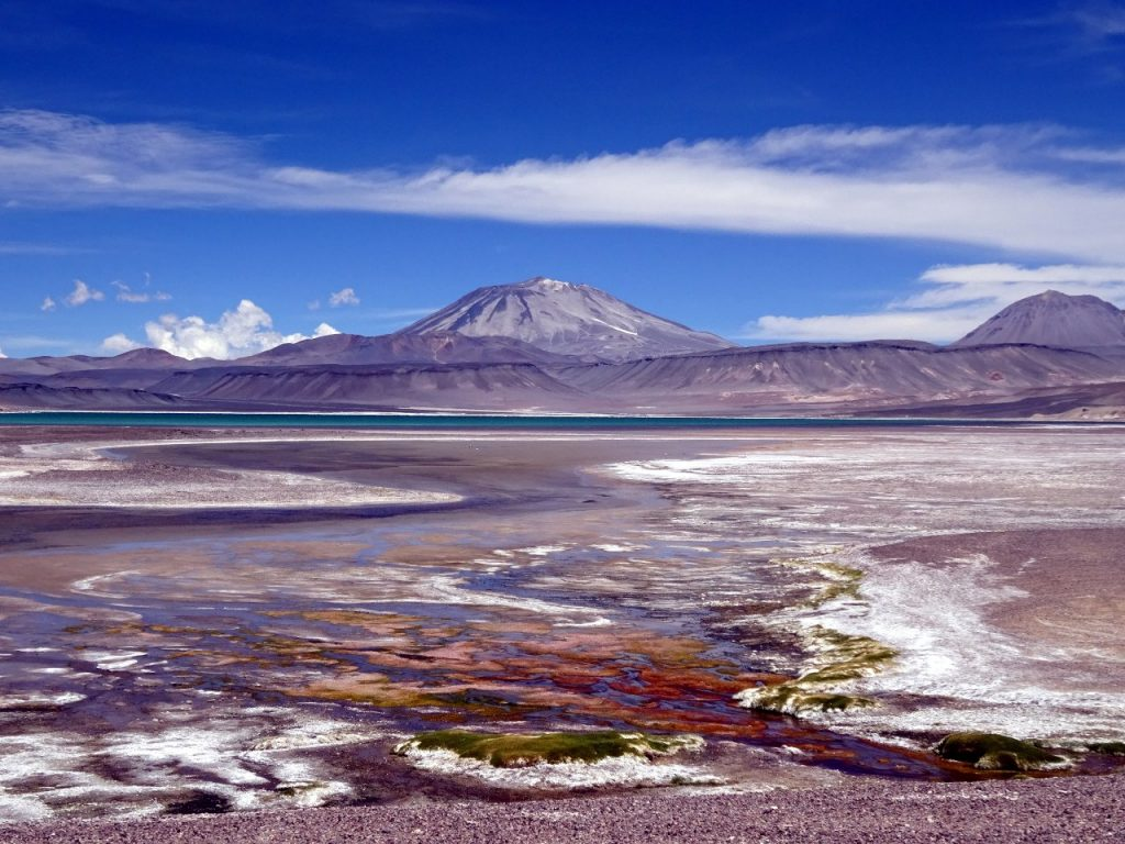 The Puna de Atacama is over 4,000m in places, and contains a number of isolated peaks over 6,000m in altitude, of which Ojos del Salado is the highest