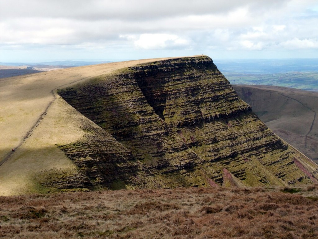 Dramatic escarpment of Picws Du on the Mynydd Du's Bannau Sir Gaer ridge