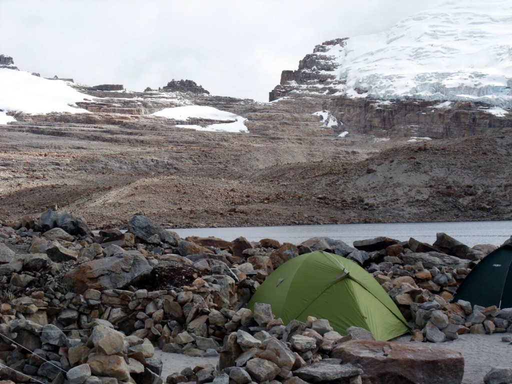 Tent at Laguna Grande de la Sierra, with Bellavista pass and Pan de Azucar behind