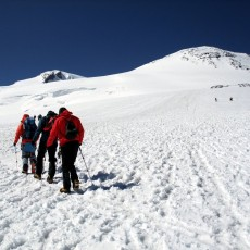 Climbing Elbrus by any means