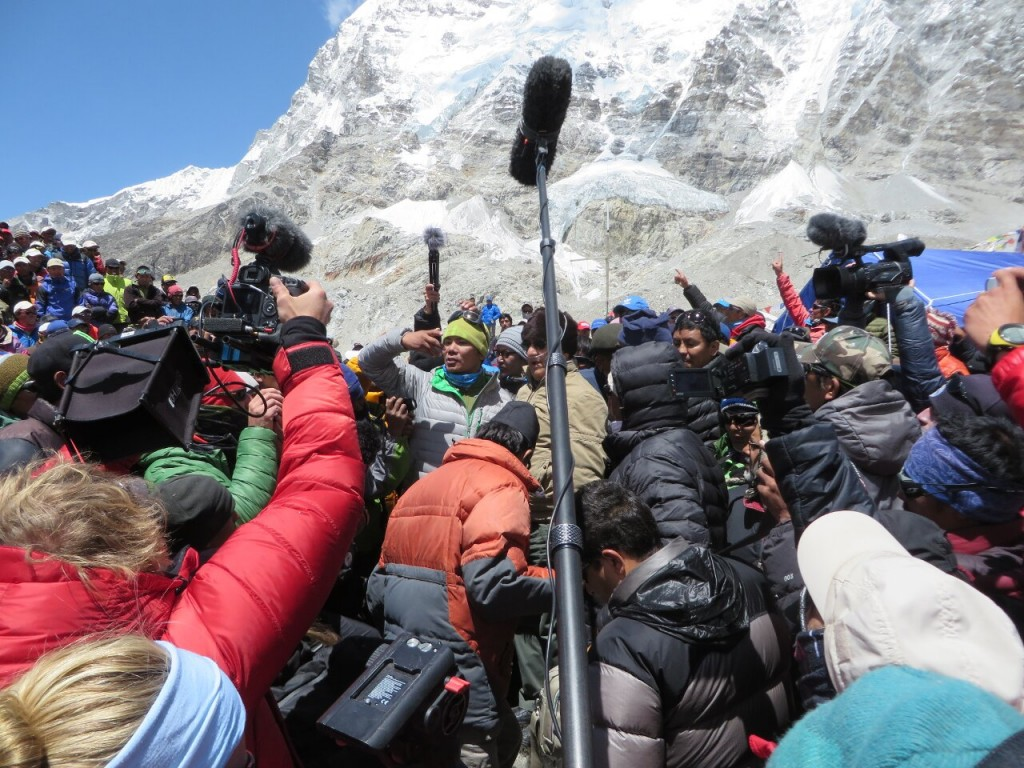 The media have a duty to report about Everest responsibly (Photo: Ricardo Peña)