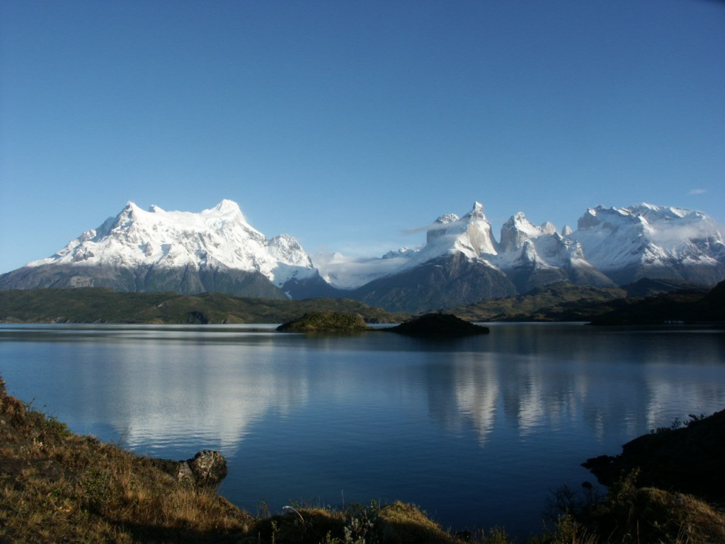 Paine Grande and the Cuernos del Paine sure look nice when the weather's favourable