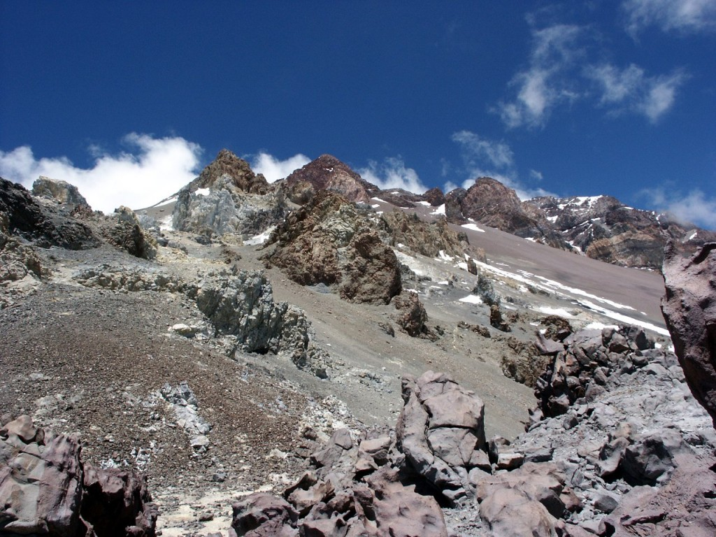 Fitzgerald and Zurbriggen took the slightly rockier ground of the North Ridge to the left of the Gran Acarreo