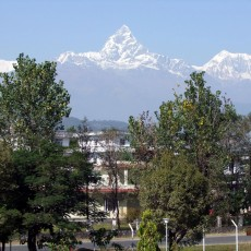 How many aitches in Machapuchare?