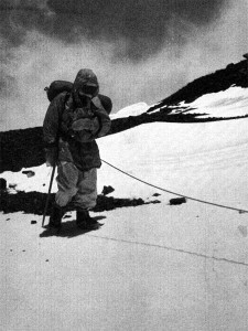 Before traversing the Geneva Spur and starting the descent, the last man of the 1952 Swiss Everest expedition leaves the South Col in the heart of the death zone (!?!) at 25,850 (Photo: Swiss Foundation for Alpine Research).