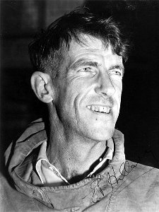Sir Edmund Hillary was the first person to have a slash on the summit of Everest (Photo: Alexander Turnbull Library, Wellington, New Zealand)