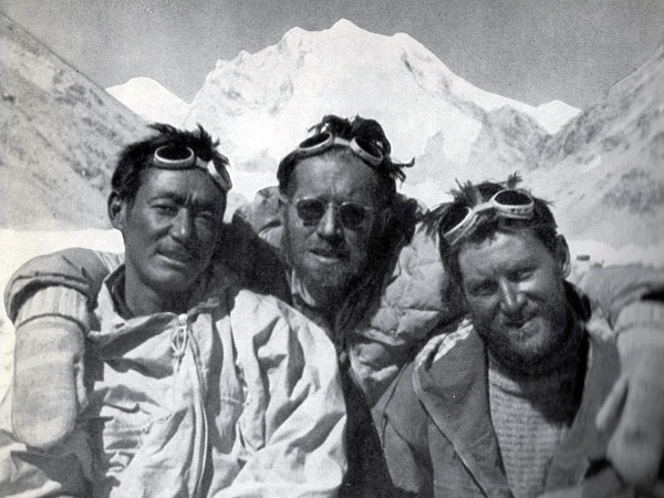 Star performer Pasang Dawa Lama (left), with Herbert Tichy (middle) and Sepp Jochler (right) (Photo: Herbert Tichy)