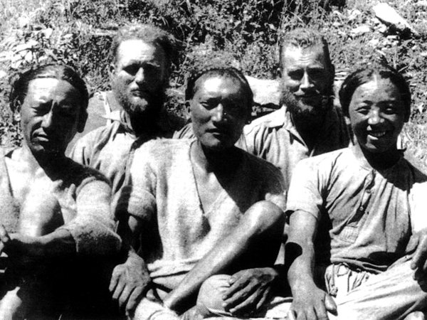 Bill Tilman (second right) with Angtharkay, Eric Shipton, Pasang Bhotia and Kusang (Photo: Bill Tilman)