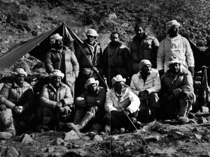 Members of the 1952 Swiss Everest expedition team. Dr Edouard Wyss-Dunant is second from left on the back row (Photo: Swiss Foundation for Alpine Research).