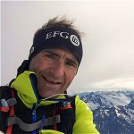 Selfie of Ueli Steck on the summit of the Mönch (Photo: Ueli Steck)